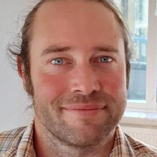 Lindon Moodie, biträdande universitetslektor