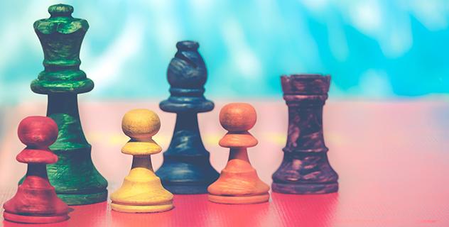 Schackåjäser i olika färger